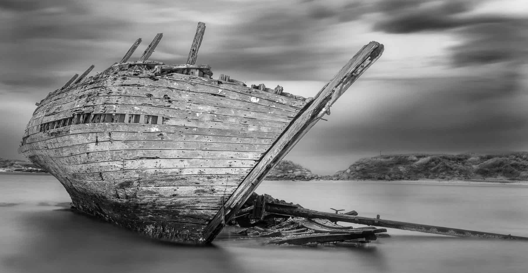 Shipwreck - black and white photography
